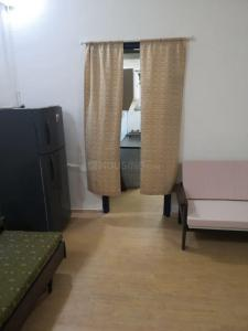 Gallery Cover Image of 500 Sq.ft 1 BHK Apartment for rent in Little Flower Apartment, Bandra West for 38000