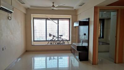 Gallery Cover Image of 1100 Sq.ft 2 BHK Apartment for rent in Dadar East for 70000