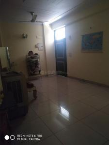 Gallery Cover Image of 1500 Sq.ft 3 BHK Apartment for rent in Vaibhav Khand for 15500