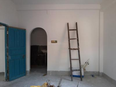 Gallery Cover Image of 400 Sq.ft 1 RK Independent House for rent in Baishnabghata Patuli Township for 8000