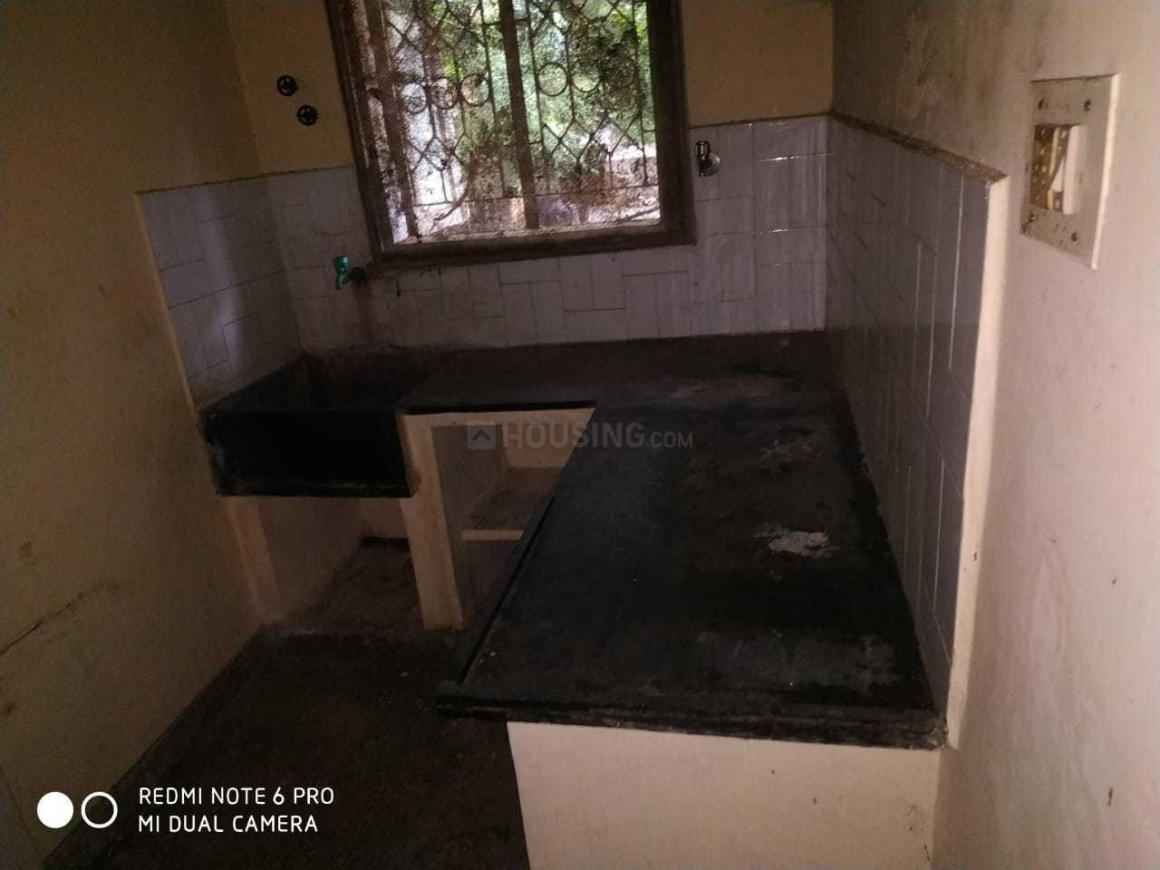 Kitchen Image of 620 Sq.ft 2 BHK Apartment for rent in Chromepet for 8000