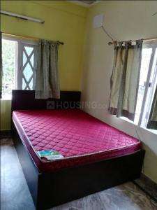 Gallery Cover Image of 800 Sq.ft 2 BHK Independent House for rent in Paschim Putiary for 15000