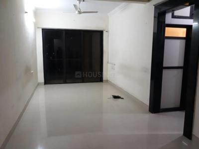 Gallery Cover Image of 750 Sq.ft 1 BHK Apartment for rent in Bandra East for 40000