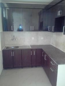 Gallery Cover Image of 1200 Sq.ft 2 BHK Apartment for rent in Kala Patthar for 13000