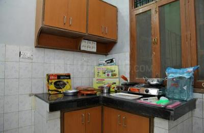 Kitchen Image of Poonam House in Sector 21