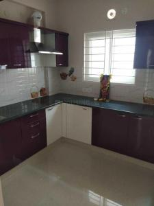 Gallery Cover Image of 1200 Sq.ft 2 BHK Apartment for rent in Srishti Dhruva, Mahadevapura for 25000