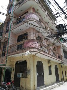Gallery Cover Image of 450 Sq.ft 1 BHK Independent Floor for rent in Uttam Nagar for 9000