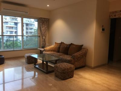 Gallery Cover Image of 1437 Sq.ft 3 BHK Apartment for rent in Khar West for 180000