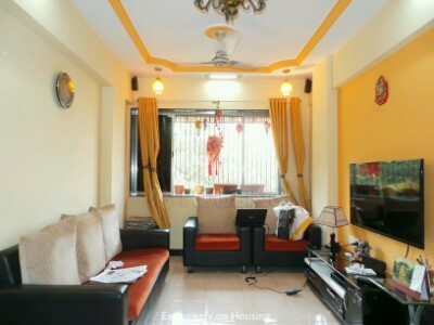 Gallery Cover Image of 843 Sq.ft 2 BHK Apartment for buy in Shivaji Nagar for 15000000