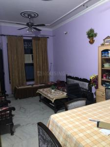 Gallery Cover Image of 1200 Sq.ft 2 BHK Independent Floor for rent in Govindpuram for 12000