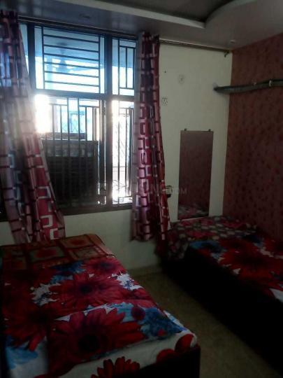 उत्तम नगर में वालियस होम पीजी के बेडरूम की तस्वीर