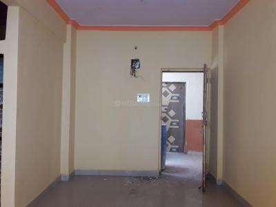 Gallery Cover Image of 725 Sq.ft 2 BHK Apartment for buy in Nandivali Gaon for 2610000