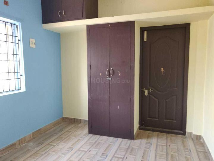 Bedroom Image of 600 Sq.ft 2 BHK Apartment for rent in Perungalathur for 13000