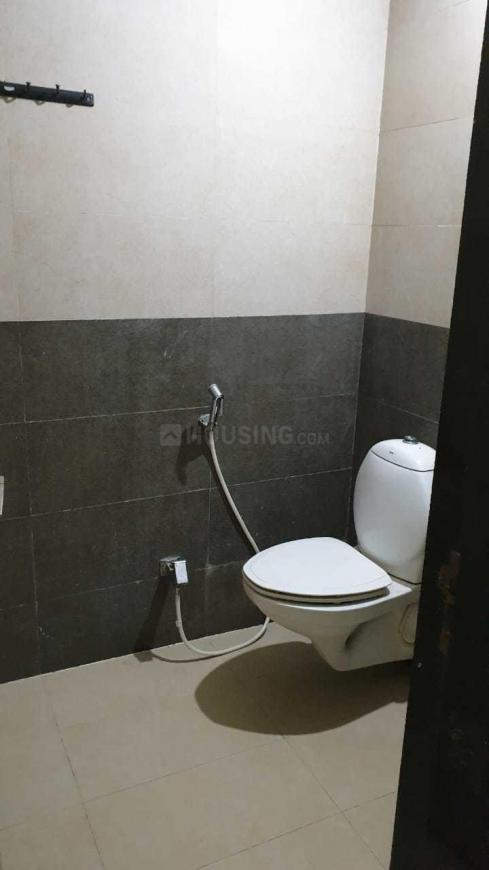 Common Bathroom Image of 560 Sq.ft 1 BHK Apartment for rent in Wadala East for 34000