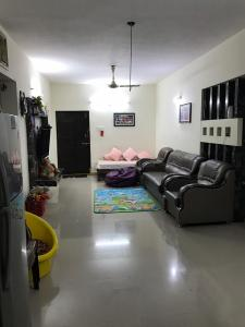 Gallery Cover Image of 1570 Sq.ft 3 BHK Apartment for rent in Saroornagar for 15700
