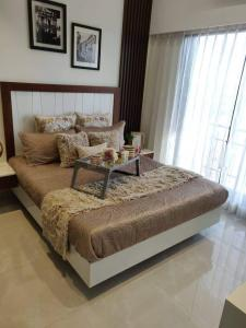 Gallery Cover Image of 765 Sq.ft 1 BHK Apartment for buy in Ornate Heights, Vasai East for 3361000