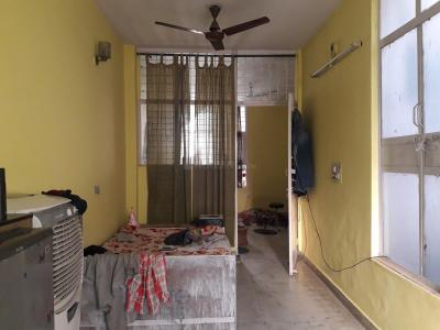 Gallery Cover Image of 550 Sq.ft 1 BHK Independent Floor for rent in DLF Phase 3 for 12500
