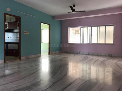 Gallery Cover Image of 1020 Sq.ft 2 BHK Apartment for rent in Lake Town for 13000