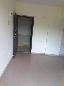 Gallery Cover Image of 320 Sq.ft 1 BHK Apartment for rent in Dahisar East for 13000
