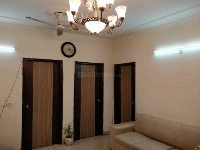 Gallery Cover Image of 1350 Sq.ft 3 BHK Apartment for rent in Gagan Vihar for 15000