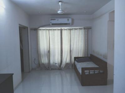 Gallery Cover Image of 980 Sq.ft 2 BHK Apartment for rent in Vile Parle West for 70000