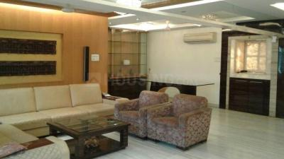 Gallery Cover Image of 2400 Sq.ft 3 BHK Apartment for rent in Goregaon East for 120000