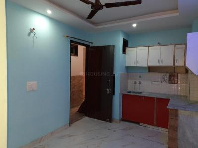 Gallery Cover Image of 550 Sq.ft 2 BHK Independent Floor for rent in Dwarka Mor for 9000