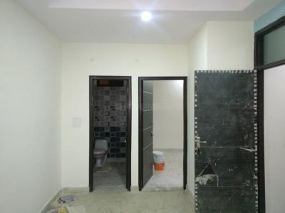 Gallery Cover Image of 650 Sq.ft 2 BHK Apartment for buy in Shahdara for 3500000