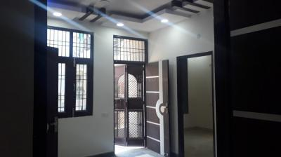 Gallery Cover Image of 800 Sq.ft 3 BHK Independent Floor for rent in Sector 25 Rohini for 16000