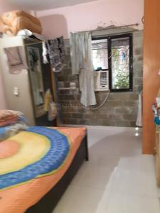 Gallery Cover Image of 350 Sq.ft 1 RK Apartment for rent in Jogeshwari West for 8500