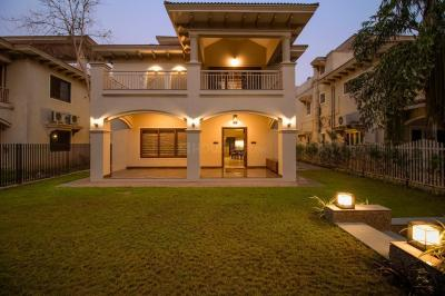 Gallery Cover Image of 5000 Sq.ft 3 BHK Independent House for buy in Science City for 53000000
