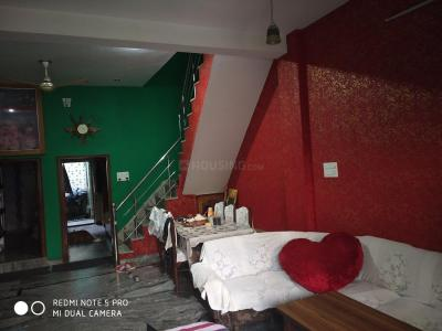 Gallery Cover Image of 5000 Sq.ft 10 BHK Independent House for buy in Lohamandi for 11000000