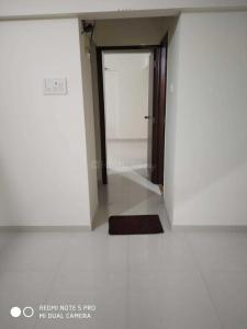 Gallery Cover Image of 560 Sq.ft 1 BHK Apartment for rent in Kasarvadavali, Thane West for 13000