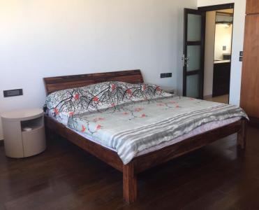 Gallery Cover Image of 1200 Sq.ft 3 BHK Apartment for rent in Mulund East for 45000