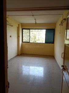 Gallery Cover Image of 380 Sq.ft 1 RK Apartment for rent in Chatrapati Shivaji Raje Complex, Kandivali West for 10500