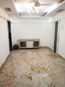 Gallery Cover Image of 850 Sq.ft 2 BHK Apartment for rent in Santacruz West for 60000