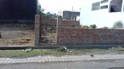 Gallery Cover Image of  Sq.ft Residential Plot for buy in Gomti Nagar for 13600000