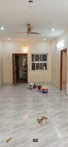 Gallery Cover Image of 850 Sq.ft 2 BHK Apartment for rent in Velachery for 15000