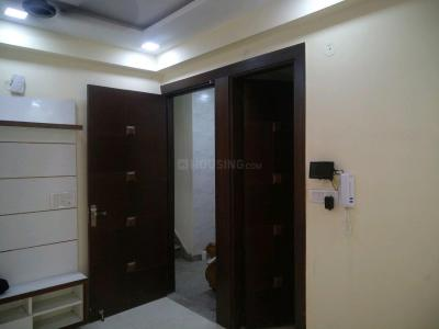 Gallery Cover Image of 850 Sq.ft 3 BHK Apartment for buy in Sector 16 Dwarka for 3800000