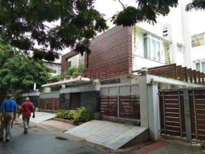 Gallery Cover Image of 6000 Sq.ft 4 BHK Independent House for buy in Anna Nagar for 105400000