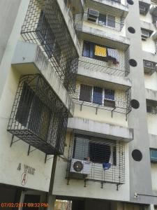 Gallery Cover Image of 870 Sq.ft 2 BHK Apartment for rent in Kandivali East for 32000