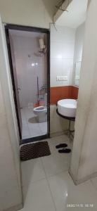 Gallery Cover Image of 1421 Sq.ft 3 BHK Apartment for rent in Shivaji Nagar for 50000