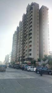Gallery Cover Image of 1065 Sq.ft 2 BHK Apartment for rent in Ravi Gaurav Excellency, Mira Road East for 16000