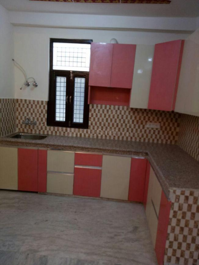 Kitchen Image of 1250 Sq.ft 3 BHK Independent Floor for buy in Shastri Nagar for 4255000