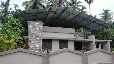 Gallery Cover Image of 1900 Sq.ft 3 BHK Independent House for buy in Chembukkav for 18500000