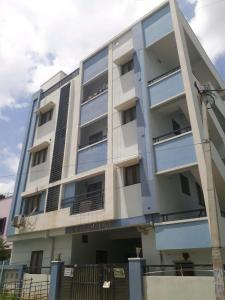 Gallery Cover Image of 900 Sq.ft 2 BHK Apartment for rent in Puppalaguda for 14000