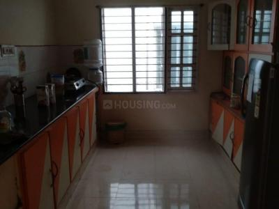 Gallery Cover Image of 2000 Sq.ft 3 BHK Independent House for rent in RMV Extension Stage 2 for 52000