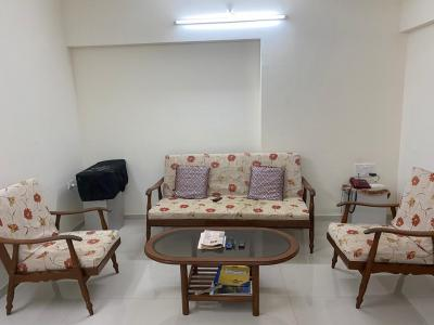 Gallery Cover Image of 1500 Sq.ft 3 BHK Apartment for rent in Parel for 95000