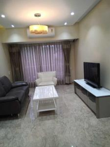 Gallery Cover Image of 1070 Sq.ft 3 BHK Apartment for buy in Santacruz East for 33000000