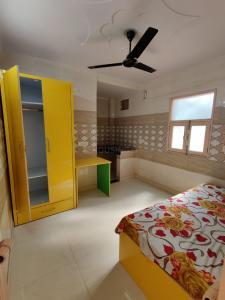 Bedroom Image of PG 7408572 Baljit Nagar in Baljit Nagar